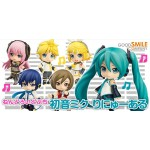Character Vocal Series Nendoroid Petit Hatsune Miku Renewal with bonus box